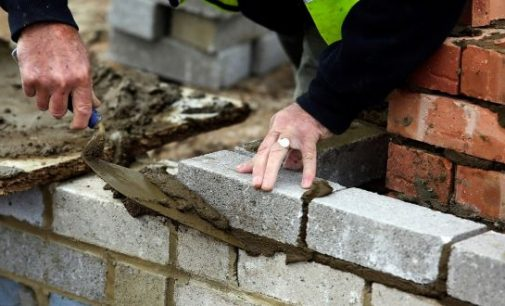 Construction salaries rise more than any other sector