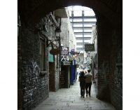 Irish public rallies to save Temple Bar's Merchant's Arch from new hotel plans
